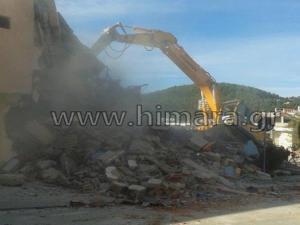 """Χιμάρα: """"Βράζουν"""" οι κάτοικοι για τις κατεδαφίσεις – Συνεδριάζει εκτάκτως το Δημοτικό Συμβούλιο [vid]"""