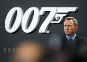 James Bond: Μένει ο Ντάνιελ Κρεγκ, μένει και η Adele!