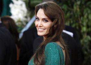 Οργιάζουν οι φήμες! Παντρεύεται η Αντζελίνα Τζολί – Ποιος είναι ο τυχερός
