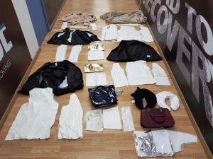 Έκρυβε στα ρούχα της κοκαΐνη! Την «τσάκωσαν» στο Ελ.Βενιζέλος [pics]