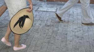 Καύσωνας: Ανοιχτές κλιματιζόμενες αίθουσες στον Πειραιά