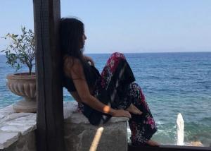 Κέλλυ Κελεκίδου: Περνάει το καλοκαίρι της στην Ελλάδα [pics]