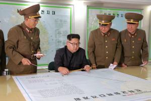 """Οι Βρυξέλλες προειδοποιούν τη Βόρεια Κορέα: """"Εξετάζουμε κατάλληλη απάντηση"""""""