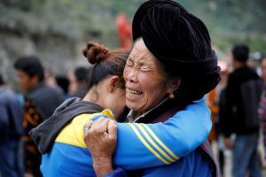 «Μπαράζ» κατολισθήσεων στην Κίνα – 8 νεκροί και 17 αγνοούμενοι