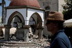 Σεισμός στην Κω Live – Νέος ισχυρός μετασεισμός – Μάχη για να «ανοίξει» το λιμάνι