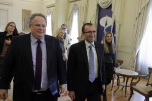 Έξαλλος» ο Κοτζιάς με Άιντε: Είναι ψεύτης και υπονομεύει τις συνομιλίες για το Κυπριακό