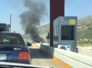 Κοζάνη: Αυτοκίνητο τυλίχθηκε στις φλόγες [vid]