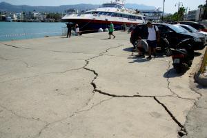 Σεισμός – Κως: Ξεκίνησαν τα έργα στο λιμάνι