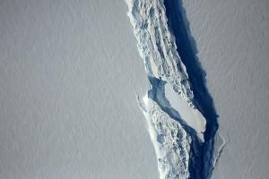 Αποκολλήθηκε παγόβουνο… μαμούθ από την Ανταρκτική [pics]
