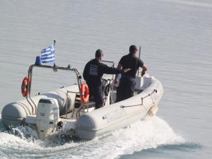 Βυθίστηκε μικρό σκάφος στη Σύρο
