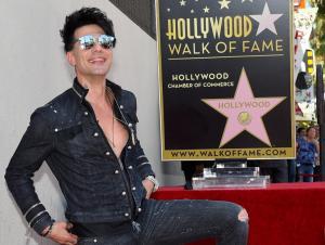 Ο ελληνικής καταγωγής μάγος Κρις Έιντζελ απέκτησε αστέρι στο Χόλιγουντ [pics]