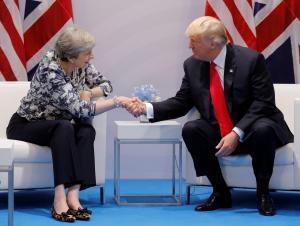 Τραμπ – Μέι: Ετοιμάζουν εμπορική συμφωνία – Η δέσμευση του Αμερικανού προέδρου