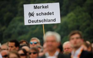 Χίλιες μηνύσεις σε βάρος της Μέρκελ – Την κατηγορούν για… προδοσία
