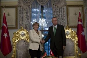 Γερμανικές εκλογές: Έξαλλη η Μέρκελ με Ερντογάν! «Μην ανακατεύεσαι»