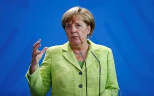 «Όχι» από Μέρκελ για κούρεμα στο ελληνικό χρέος