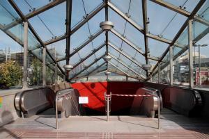 Αναστάτωση στο σταθμό του Μετρό «Αττική» – Έκλεισε για ώρα