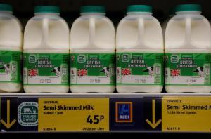 Reuters: Κρίση γάλακτος στην Ευρώπη μέχρι τα Χριστούγεννα!