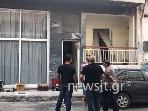 Άγριο έγκλημα στη Νίκαια: Νεκρός άντρας με μαχαιριές στο κεφάλι [pics]