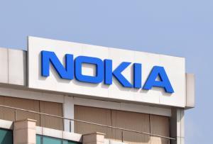 Γιατί η Apple έδωσε 2 δισ. δολάρια στην Nokia;