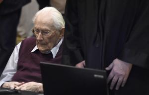 Ανένδοτοι οι εισαγγελείς! Στη φυλακή ο 96χρονος λογιστής του Άουσβιτς!