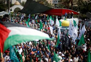 Τρεις Παλαιστίνιοι νεκροί στην Ιερουσαλήμ – Διαδηλωτές μετέφεραν… στα χέρια τις σορούς [pics]