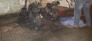 Πάτρα: Νέο διπλό «χτύπημα» από τον σεσημασμένο εμπρηστή – Έκαψε δύο μηχανάκια και ένα φορτηγό [pics]