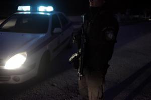 Σοκ στη Δραπετσώνα! Μοτοσικλετιστής «έφαγε» αδέσποτη σφαίρα στο κεφάλι