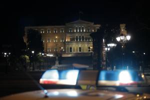 «Πόλεμος» ανακοινώσεων μετά την απαγόρευση της συγκέντρωσης αστυνομικών στα Εξάρχεια