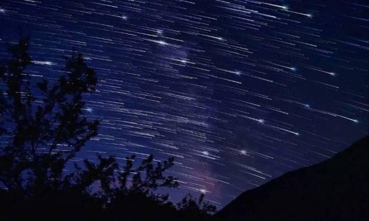 Γεμίζει «πεφταστέρια» ο ουρανός το Σάββατο – Έρχονται οι εντυπωσιακές «Περσείδες» | Newsit.gr