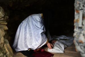 «Σάτυρος» με ράσα! Ιερέας παρενοχλούσε σεξουαλικά 14χρονο αγόρι! Γυμνές φωτογραφίες και απειλές