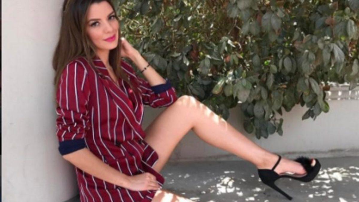 Κόβει την ανάσα η Νικολέττα Ράλλη με το λευκό της μπικίνι! | Newsit.gr