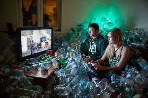 Κρατούσε σπίτι τα σκουπίδια του για 4 χρόνια – Δείτε γιατί [pics, vid]