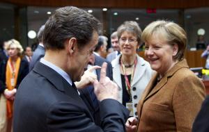 Σαρκοζί: Αν με είχε ακούσει νωρίτερα η Μέρκελ, η Ελλάδα θα είχε σωθεί