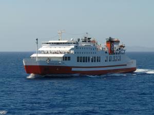 Ταλαιπωρία για τους 851 επιβάτες του »Διονύσιος Σολωμός» – Ακυρώθηκε δρομολόγιο επειδή δεν διέθετε πιστοποιητικά ασφαλείας