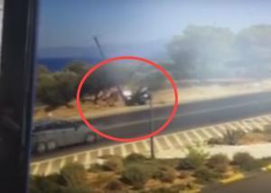 Σοκαριστικό βίντεο! «Γουρούνα» στην Κρήτη πέφτει πάνω σε κολώνα [vid]