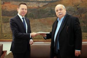 Στουρνάρας: Συγχαρητήρια στο οικονομικό επιτελείο – Τα δύσκολα πέρασαν