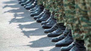 «Πέφτει» στα 33 χρόνια η εξαγορά της στρατιωτικής θητείας