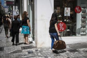 Κυριακές – Ανοιχτά καταστήματα: Υπεγράφη η απόφαση από τον υπουργό Οικονομίας