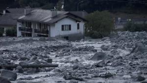 Αγωνία για τους αγνοούμενους μετά την κατολίσθηση στην Ελβετία