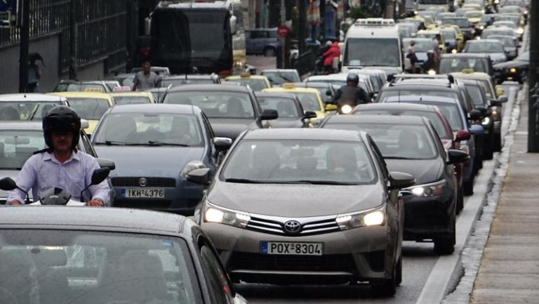 Τέλη κυκλοφορίας: Βόμβα στα πετρελαιοκίνητα αυτοκίνητα – Αυξήσεις ως και πάνω από 200% | Newsit.gr