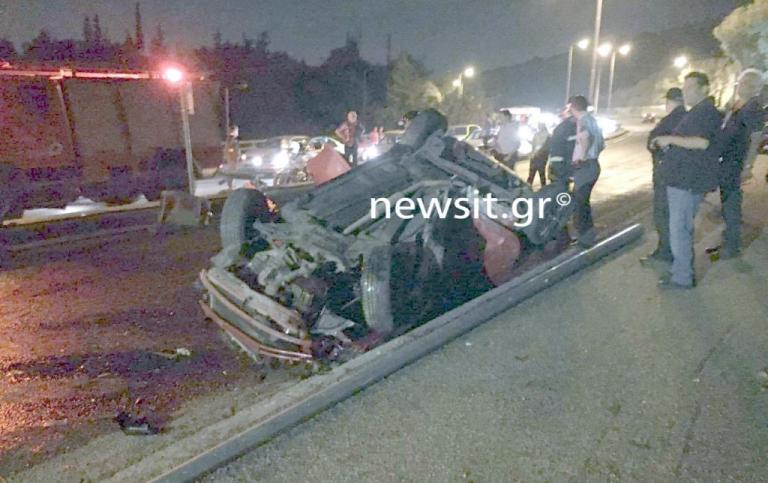 Σοβαρό τροχαίο στην Λεωφόρο Κατεχάκη! Τούμπαραν δύο αυτοκίνητα – Σε κρίσιμη κατάσταση οι οδηγοί | Newsit.gr