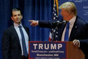 """Στο """"σκαμνί"""" ο γιος του Τραμπ για την ανάμιξη της Ρωσίας στις εκλογές"""