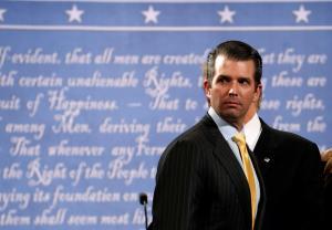 Ρεπουμπλικανοί εναντίον Τραμπ για τις επαφές του γιου του με την Ρωσίδα δικηγόρο