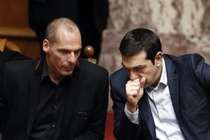 Αποκαλύψεις Βαρουφάκη: Τα sms με Τσίπρα για Grexit – Οργή της αντιπολίτευσης