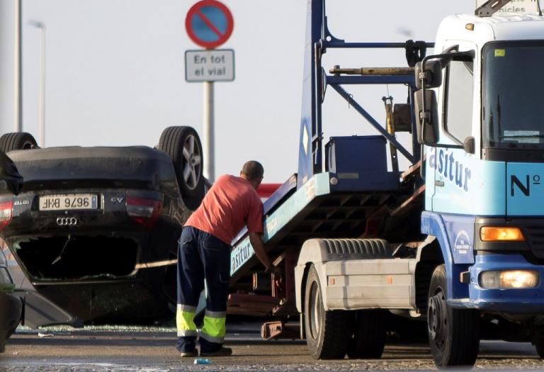 Επίθεση στην Βαρκελώνη: «Ψάχνονται» στο Παρίσι για το πως βρέθηκε εκεί το αυτοκίνητο του μακελειού | Newsit.gr