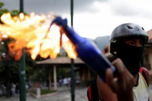Βενεζουέλα: Απεργίες και διαδηλώσεις για να σταματήσουν τον Μαδούρο