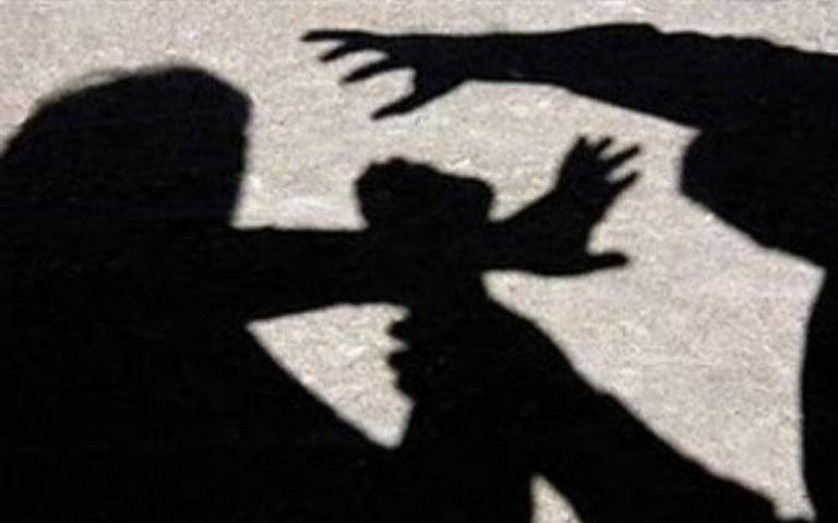 Σοκάρουν οι αποκαλύψεις για τον γιο του πασίγνωστου ηθοποιού – «Χτυπούσε γυναίκα μπροστά στο 3χρονο παιδί της» | Newsit.gr