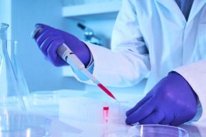 «Μύλος» με την χρεοκοπία τράπεζας βλαστοκυττάρων – Στον «αέρα» 30.000 γονείς