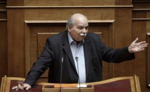 """Οργή Βούτση για τον Μητροπολίτη που είπε """"βόθρο"""" τη Βουλή"""