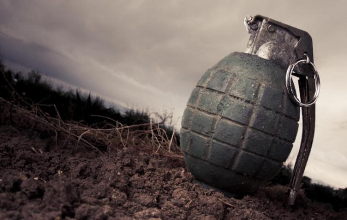 Πάτρα: Πήγε στο οικόπεδό της και βρήκε… 4 χειροβομβίδες του Β' Παγκοσμίου | Newsit.gr